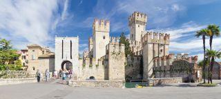 Sirmione, Gardasee, Italien, Altstadt, Festung, Hafen