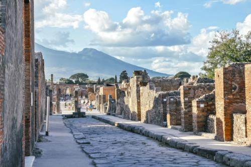 pompeii-4053847-me